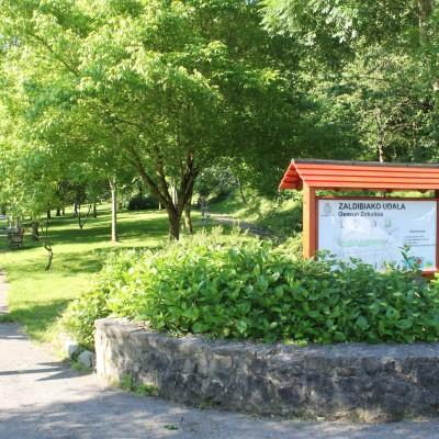 Parke botanikoa.JPG